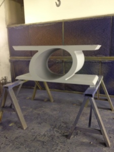 Table being primed for leafing